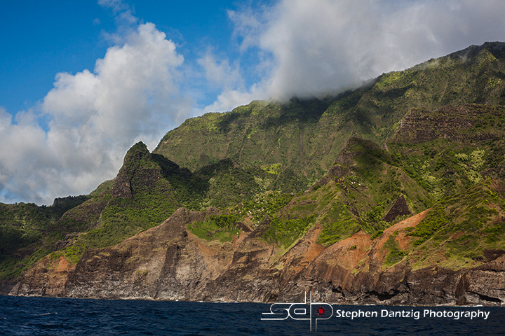 Na Pali green and red 10 72